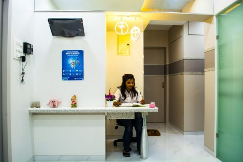 Dentist in Borivali, Dental clinic in Borivali, Mumbai | Smile Gallery Clinic