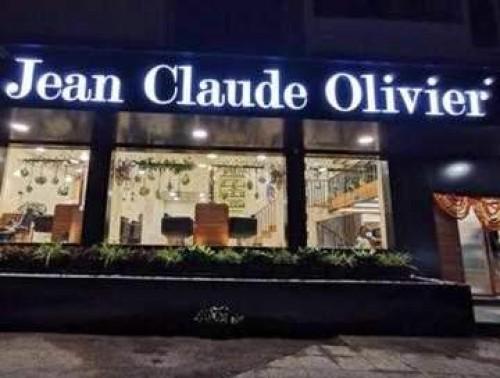Jean Claude Olivier-Hair and Beauty Salon in Mumbai